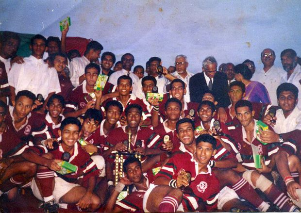 1998 – Zahira College Rugby Presdent Cup Champions